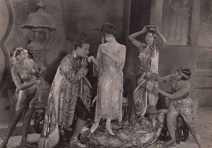 Fool's Paradise (Cecil B. DeMille, 1921), with Mildred Harris, Julia Faye, Conrad Nagel, Dorothy Dalton, Jacqueline Logan, Kamuela C. Searle, Baby Peggy & Theodore Kosloff.