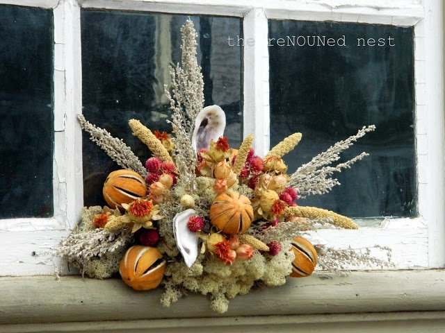 Love This Colonial Williamsburg Christmas Decoration. Oranges And Shells!