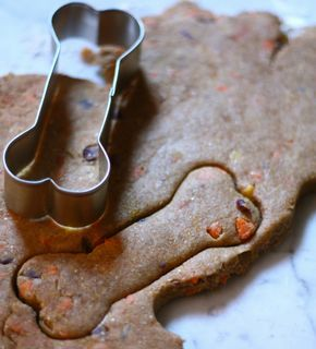 I would have never thought to add banana to a dog treat, but I bet the smell and smooth texture of this recipe is a huge hit! Again, the dogs are getting the added benefits of carrots while enjoy something that they want anyway.