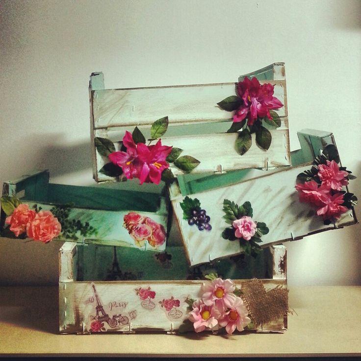 Cajas de frutas decoradas cositas hechas a mano pinterest - Decoracion cajas de fruta ...