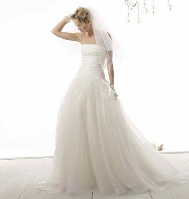 Abiti da sposa romantici: volumi moderni - Matrimonio.it: la guida alle nozze