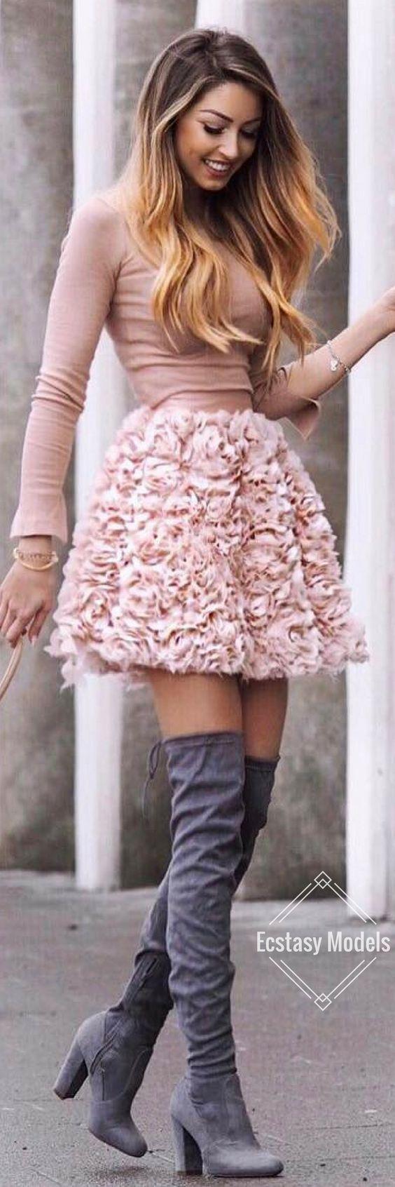 Spring Blooms // Fashion Look by Caroline Einhoff