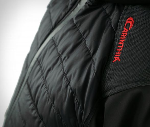 Carinthia is an Austrian brand that specializes in clothing and equipment for nature-loving outdoor enthusiasts. Whether on expeditions to the Arctic/Antarctic or in the high mountains under the most adverse conditions to military operations in crisi