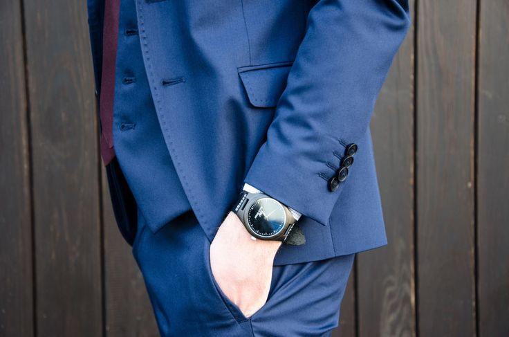 Pierwszy Garnitur, Gmale, Grzegorz Paliś, Moda męska, Elegancka stylizacja męska, Niebieski Garnitur, Garnitur Zara