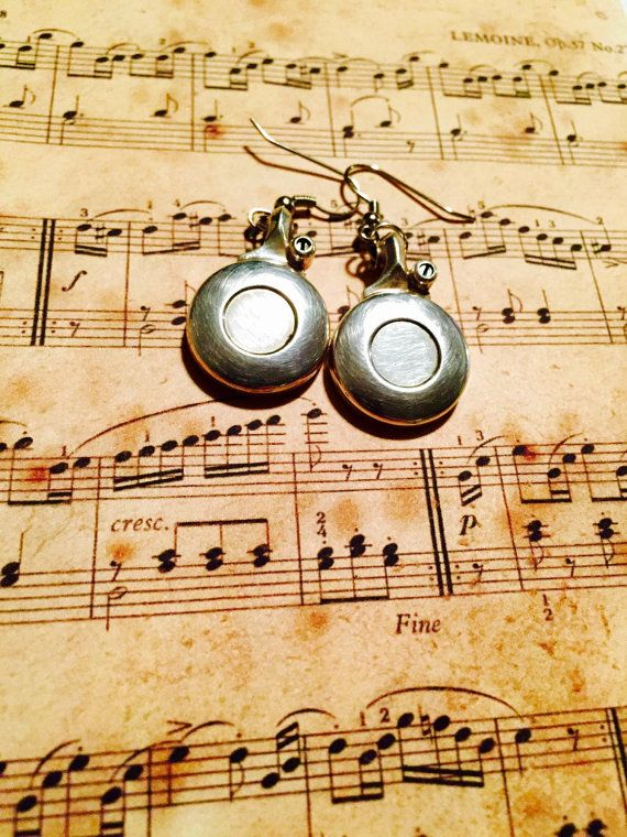 Hey, I found this really awesome Etsy listing at https://www.etsy.com/listing/222768390/flute-earrings-instrument-earrings