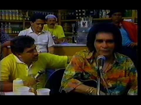Entrevista do cantor Barrerito no Programa do Ratinho em 1991\1992  - Pa...