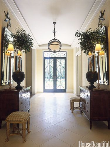 Beautiful foyer, light fixture is great