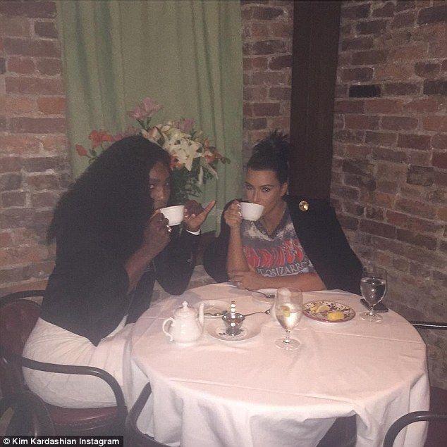 Ekpo Esito Blog: Pregnant Kim Kardashian meets Serena Williams for ...