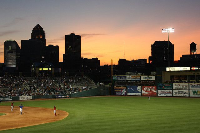 Des Moines Skyline/Sunset from Principal Park
