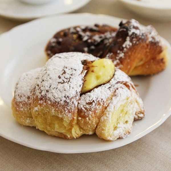 Een dagje cultuur snuiven, shoppen en lekker eten in Milaan begint met een fijn Italiaans ontbijt. We tippen de vijf leukste koffiebarretjes in de stad!