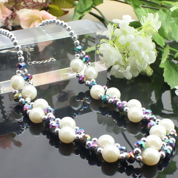 Placage perles de couleur + collier en cristal