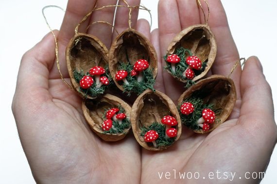Pilz-Christbaumschmuck - Walnuss Schale Verzierung - Handmade Ornament - Urlaub Dekor