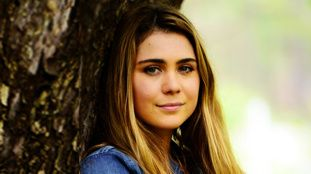 Home and Away - Official Site - Channel 7 - Tessa De Josselin joins Home and Away (4/27/15-6181) - Billie.