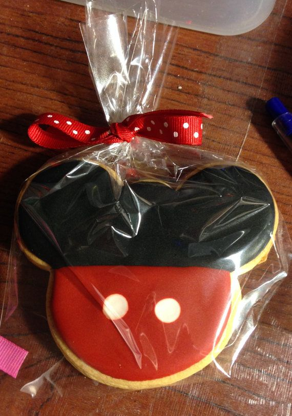 1 Doz Mickey Mouse Cookie Favors by SwtsnTrtsbyCamille on Etsy, $32.00