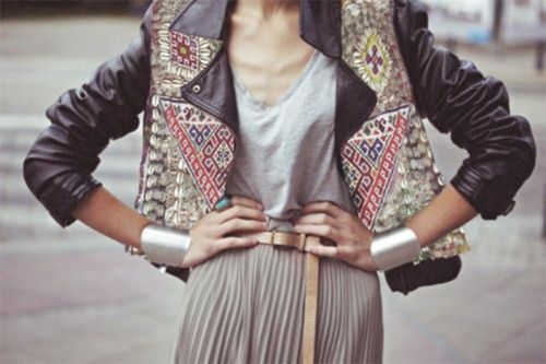 lOOve: Fashion Merchandi, Biker Jackets, Style Inspiration, Street Style, Outfit, Leather Jackets, Pleated Skirts, Maxi Skirts, Silver Cuffs