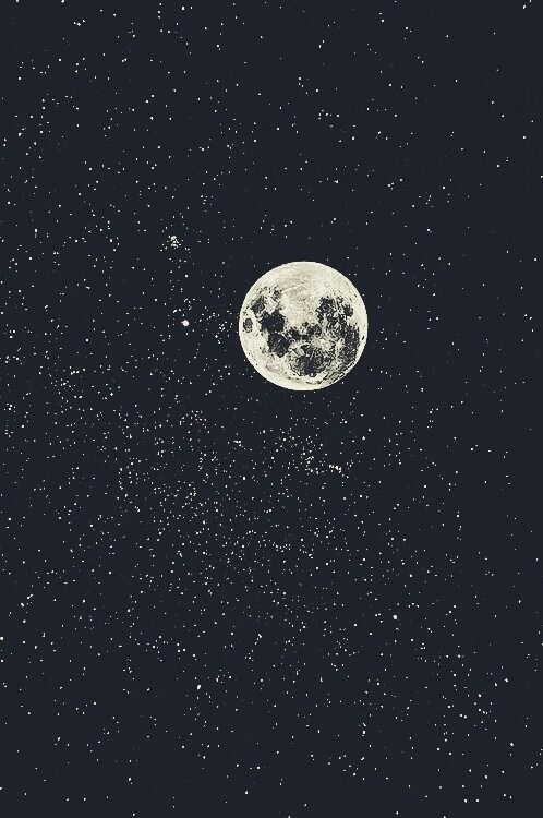 Full moon and stars. | Source: weheartit.com via sheslikeaghost