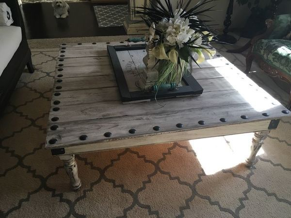 15 Perfect Coffee Tables You And Your Husband Can Build Together