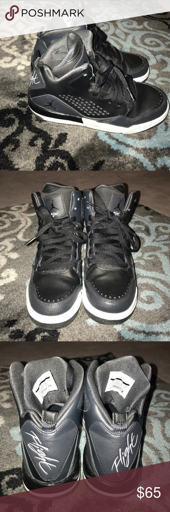 Jordan Flights Black Jordans. Size 4Y. Would fit a woman's 5 1/2-6 shoe. This are like brand new. Still tight and not even broken in yet. Probably worse these 5 times or less. Jordan Shoes Sneakers