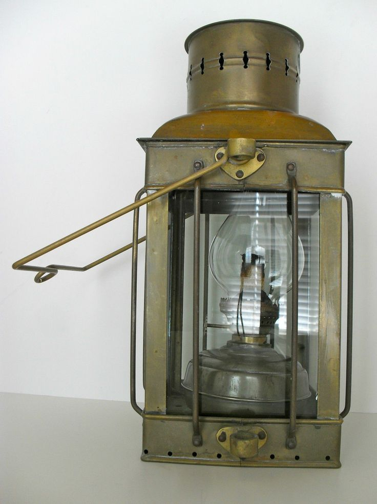 Antique 1920 S Marine Neptune Brass Oil Lantern Ship Lamp Boat Maritime Light Ebay Oil Lamps