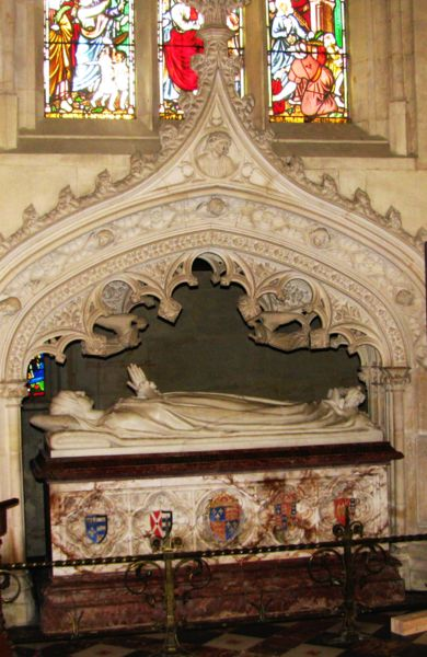 "The illustrious marble tomb of Katherine Parr, St. Mary's Chapel, Sudeley Castle. Her coffin was opened a number of times first in 1782 when a few locks of her hair were taken by John Locust who observed that her body, ""after 234 years, was in a surprisingly good condition. Reportedly the flesh on one of her arms was still white and moist"" (Wikipedia)"