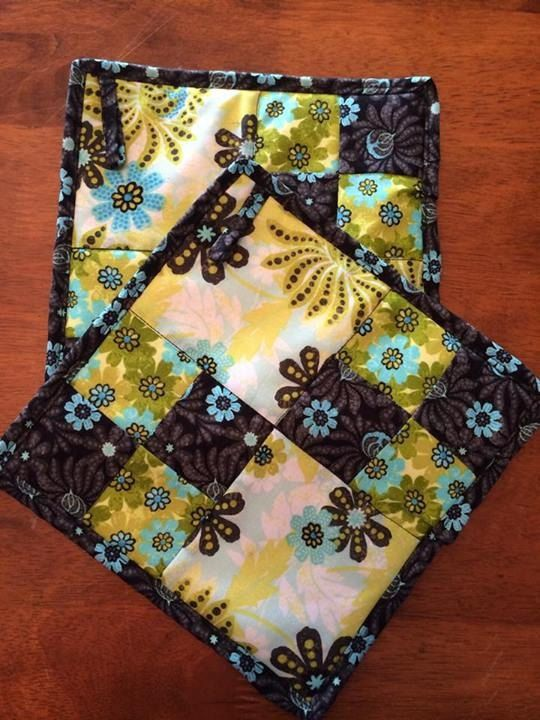 103 Best Quilted Pot Holders Images On Pinterest Potholders Hot
