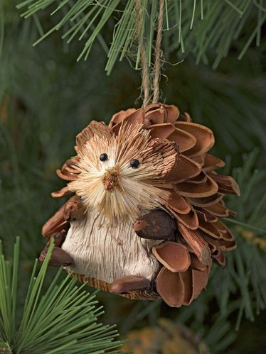 Adorable Hedghogs: Natural Christmas Ornaments