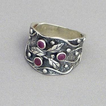 """""""Saniya"""" Ring from Cahoia"""