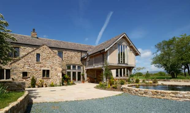 Derelict barn becomes terrific award-winning home