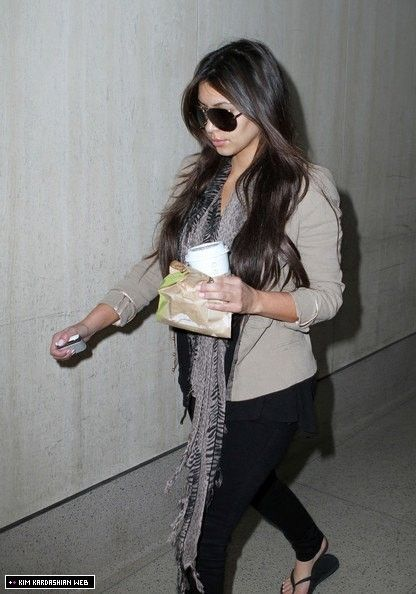 Kim is spotted leaving LAX airport after her brief trip to Miami 9/27/10 - Kim Kardashian Photo (15883145) - Fanpop