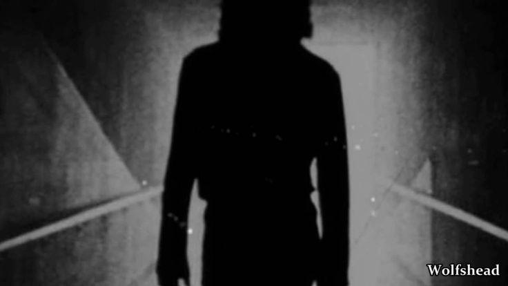 The Doors - Riders on the Storm (original album version) - Music Video