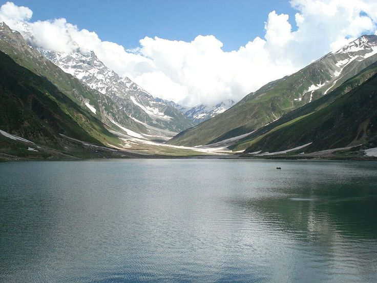 Lake Saiful Maluk, KPK Lake Saiful Maluk is the next most haunted place in Pakistan. Lake Saiful Maluk has very historical value in the history of Pakistan when it comes to discussion about the supernatural creation. Some even referred this place to the era of King Solomon. There are many mysterious events happen in Lake Saiful Muluk including the sightings of ghosts.