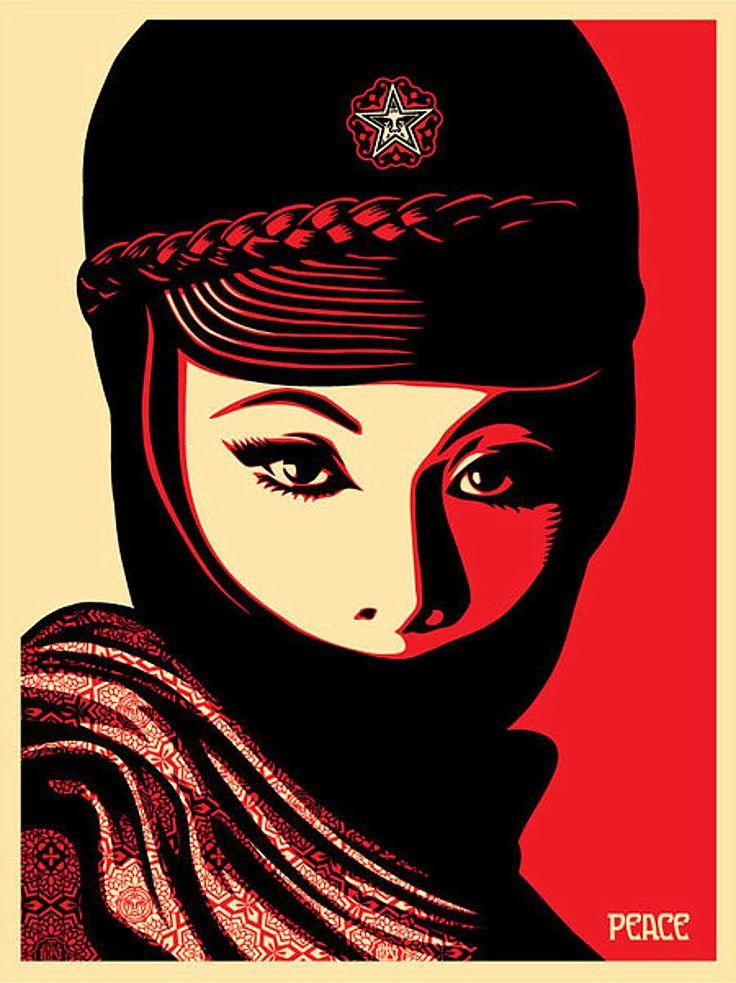 obey-giant-mujer-fatal1.jpg 1,000×1,336 pixels