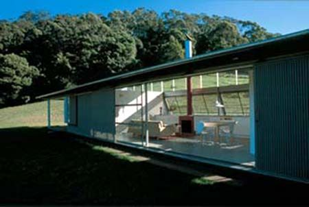 Kangaroo Valley. Inside and outside spaces become blurred into one. This is a very dominant feature in Sunworship.