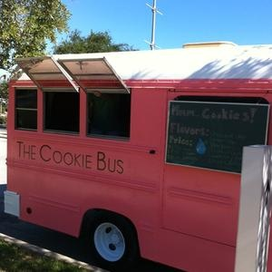 33 best images about cool food trucks on pinterest for Cool food truck designs