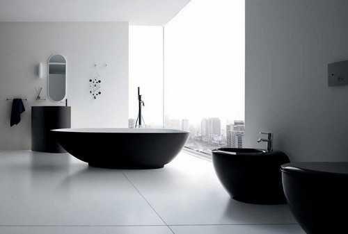 Schwarze Badezimmer-Befestigungen und Dekor, die modernes Badezimmer-Design elegant halten