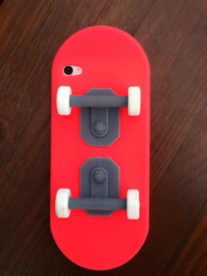 Coque skate iPhone 4 de Bilal