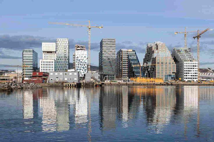 Штаб-квартира банка DNB в Осло, Норвегия