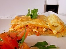 Spanish tuna empanada - The Spanish tuna empanada recipe is one of the most popular tapas recipes from Galicia. This easy-to-follow and yummy pie is much larger than the empanada of Latin America.