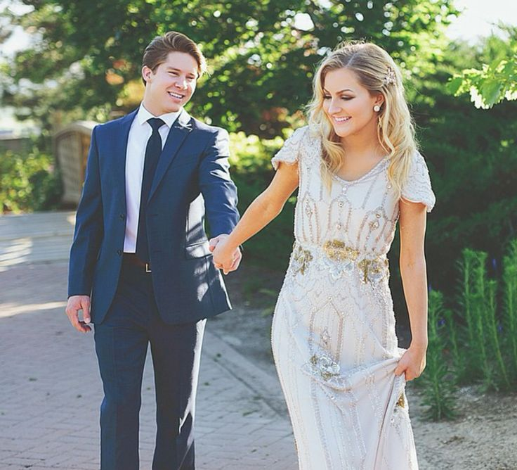modest wedding dress with Gatsby styling from alta moda.          --  (modest bridal gown)  --