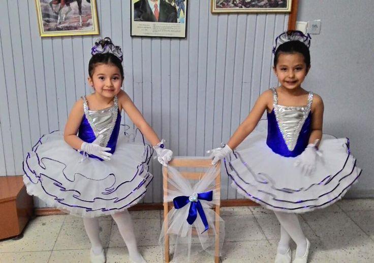 FUNKID, toplu siparişlerinizi de karşılayabilecek olanaklara sahip olduğundan, Ana Okulları, İlköğretim ve Bale Okulları için dans, resital ve performans kostümleri de hazırlamaktadır. 23 Nisan'a az kaldı! Çocuğunuz bu sene hangi kostümle bayramını kutlayacak? ☺️ #baleokulu #23nisan #kostum #dans #performans #anaokulu #ilköğretim #bale #funkidkostüm