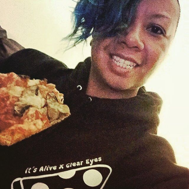 #Repost @makeupartistdrummergirl  Why we love our customers   Pizza & wine night!  Staying cozy and chill in my @cleareyescollective hoodie I picked up today at @longboard_haven ! Had a great time at the shop chatting with Rob the owner & getting introduced to the world of longboarding! . . #pizza #wine #longboardhaven  #chillin #supportlocal  #torontoartists #cleareyes #skateshop #tellyourmom #the6ix #eastenders #greatendtotheday #torontovibes #torontomua #undercut #shorthair #buzzcut…