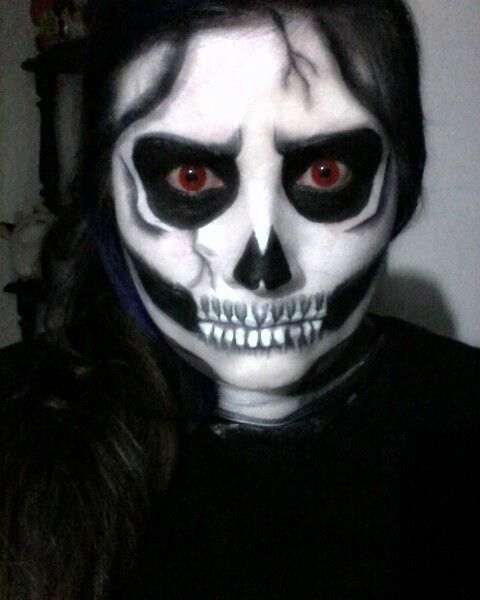 Clásica y básica calavera  nunca pasara de moda para halloween #Halloween #calavera #terror #Maquillaje #makeup  #horror #october #octubre