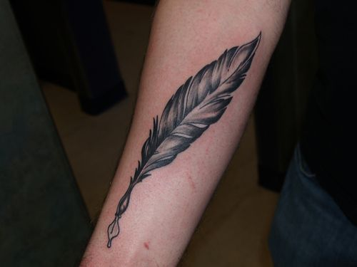 Grey feather quill. CheckoutMyInk.com | Readin' n Writin ...