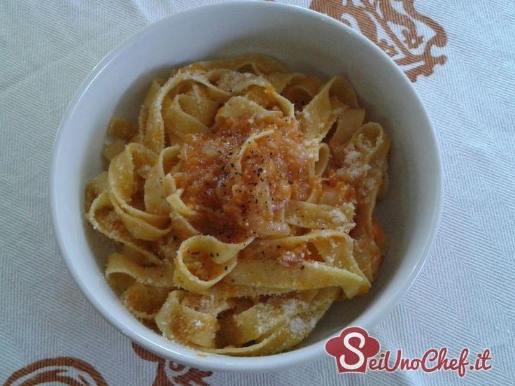 Pappardelle alla genovese con zucca - Un variante della tipica ricetta napoletana, con aggiunta di zucca