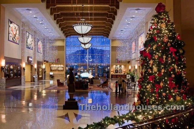 Best 25 Commercial Christmas Decorations Ideas On Pinterest Country Winter Decorations