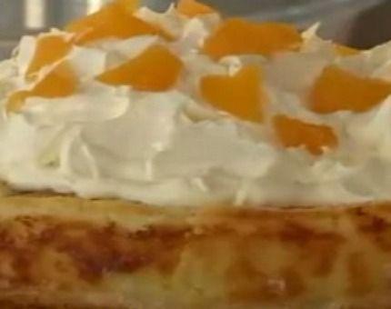 Majestuosa torta de duraznos con crema