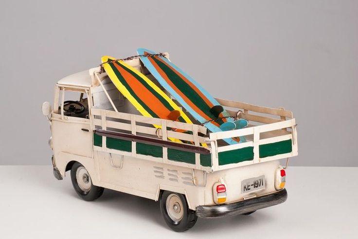 Perua Kombi com Carroceria - Machine Cult - Kustom Shop | A loja das camisetas de carro e moto