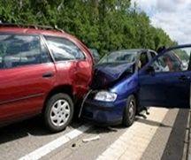 W naszym kraju codziennie dochodzi do wielu wypadków i zdarzeń drogowych, skutkujących obrażeniami ciała. Niejednokrotnie ich ofiarami padają pasażerowie pojazdów mechanicznych. Jeżeli pasażer samochodu, motocykla lub nawet ciągnika rolniczego odniesie w wypadku uszkodzenia ciała, to ma prawo do dochodzenia odszkodowania z polisy OC sprawcy wypadku. Dotyczy to zarówno pasażera sprawcy wypadku, jak i pasażera innego pojazdu, biorącego udział w zdarzeniu drogowym. Wysokość odszkodowania dla…
