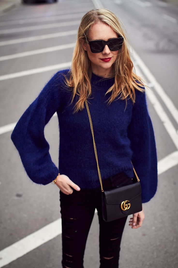 Fall Outfit, Navy Oversized Sweater, Gucci Marmont Handbag, Black Celine Sunglasses, Frame Denim Black Ripped Skinny Jeans