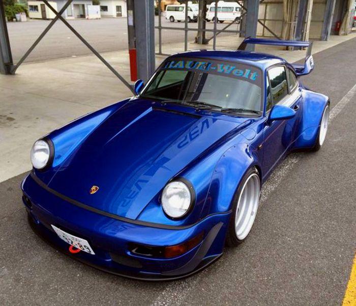 Porsche 911(964) RWB Pasa por marcasdecoches.org para saber más sobre las diferentes marcas de coches.
